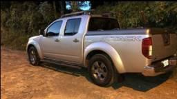 Frontier attack 2013 a diesel,na cor prata!!!