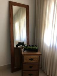 Espelho 2x60 e criado mudo