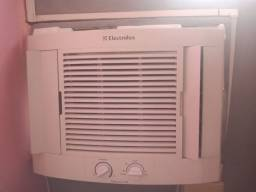 Ar condicionado 7.500 marca Electrolux