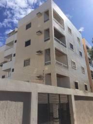 Apartamento 03 quartos com suite e varanda