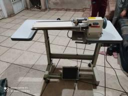 Máquina de cortar viés