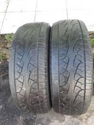 Vendo dois pneu pirelle semi novo 215/60r17