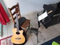Aulas e cursos de Violão, Piano e Teclado