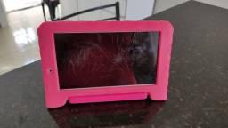 Vendo tablet Multilaser M7S Plus ( leiam o anúncio)