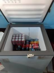 Vendo 2 freezer um de porta e outra de 2 portas