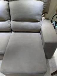 Sofá com um ano de uso para retirar no local