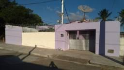 Excelente casa de Esquina no Cidade Satelite.