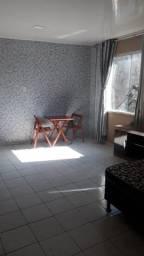 Aluga-se apartamento mobiliado - Av. Presidente Vargas