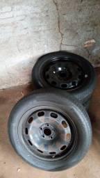 Título do anúncio: Jogo de pneu aro 15