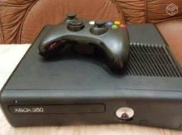 Xbox desbloqueado com 1 controle 5 jogos