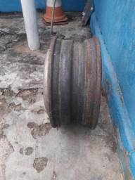 Roda de ferro dez furos