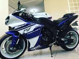 Yamaha R1 - 2012