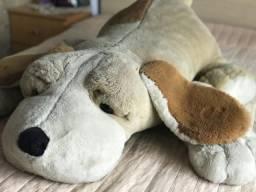 Cachorro de pelúcia