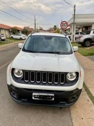 Vendo Jeep Renegade Longitude