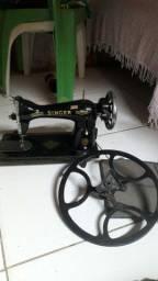 Vende se essa maquina de costureira