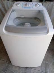 Maquina de lavar roupas Seminova220volts