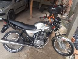 Vendo titan ks 150