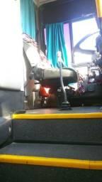 Vendo um ônibus gv 1000