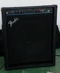 Cubo Fender BXR 200 Two Hundred Bass para Baixo.