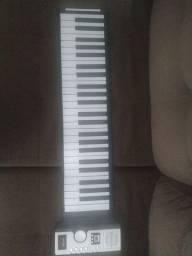 Piano de cilicone