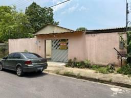 Alugo Excelente Casa no Novo Aleixo com 3 Quartos 192 m² - R$ 2.000