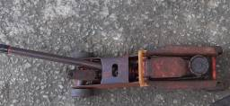 Macaco hidráulico 2T  R$ 50,00