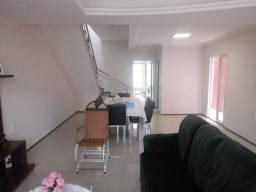 Duplex de luxo na Rua Cesar Fontenele - Bairro Amadeu Furtado