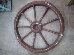 Roda de carroça de fibra