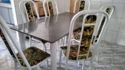 Mesa de tubo com 6 cadeiras