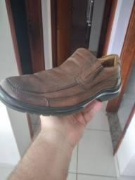Sapato masculino de couro (Leia a descrição)