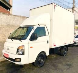 Caminhão HR 2014 c/Baú - Parcelo