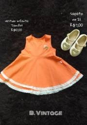 Vestido e sapato infantil