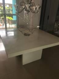 Mesa quadrada laqueada branca