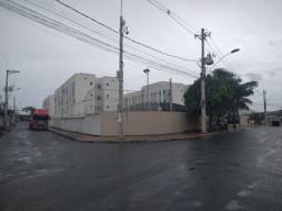Marcílio de Noronha,Apartamento térreo, 02 quartos, lazer.