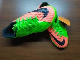 Chuteira Futsal/ Tênis *Original* Tamanho nº: 33