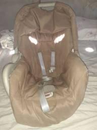 Bebê conforto e motinha
