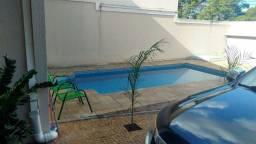 Casa térrea no Cond Ipês com piscina estuda permuta em Limeira