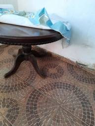 Mesa estilo antigo colonial