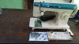 Máquina de costura Singer Facilita - 288