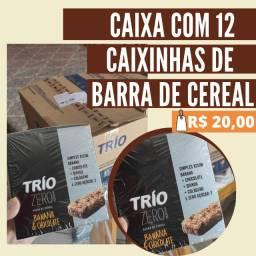 Vende-se caixa com 12 caixinhas de barra de cereal