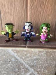Lote com brinquedinhos colecionáveis