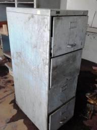 Gaveteiro em aço com 4 gavetas usado
