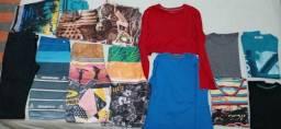 Conjunto de roupas infantis entre 13 à 15 anos de idade