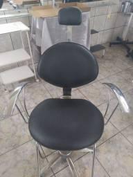 Cadeira cabeleleira semi nova!