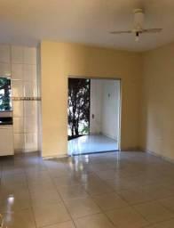 Alugo apartamento mensal no bairro Mundaí