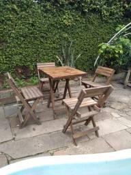 4 Cadeiras de Pinos Usadas