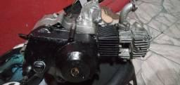 Vende-se motor  300