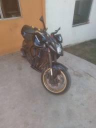 Moto z750