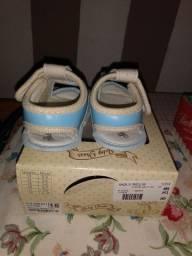 Tênis E sapato usado para Bebê. Barato!