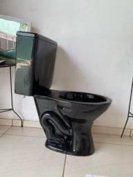 Vaso com caixa acoplada preto